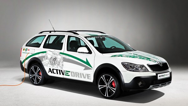 With its ACTIVeDRIVE, Schaeffler presents a concept vehicle for electric mobility and thereby completes its trio of demonstration vehicles for the company's vision of modern automobility.