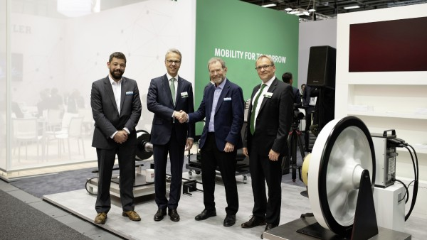 "Schaeffler and Perpetuum Plan a ""Flatrate for Axlebox Bearings"""