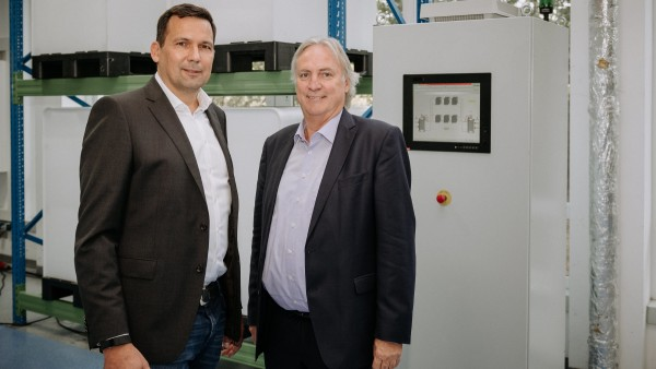 CMBlu and Schaeffler Cooperate in the Development and Industrialization of Organic Redox Flow Batteries as Large-scale Energy Storage Systems
